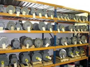 Stock de moteurs électriques neufs Ets SCHWOOB